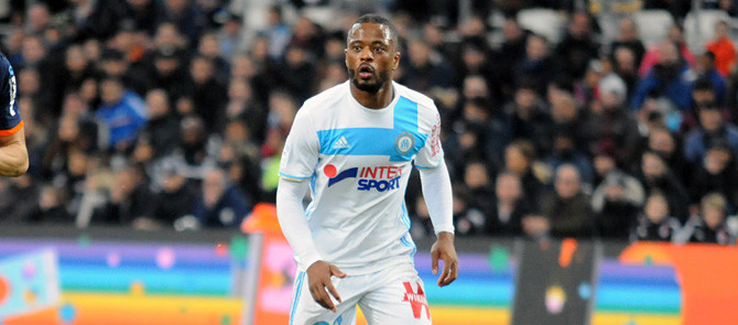 Evra absent plusieurs semaines